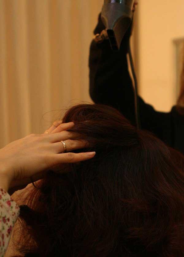Trang điểm cho cô dâu mặt tròn