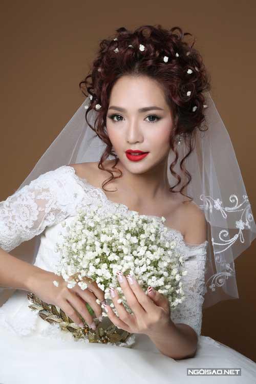 trang điểm cô dâu mặc áo dài