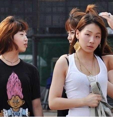 2NE1 không trang điểm
