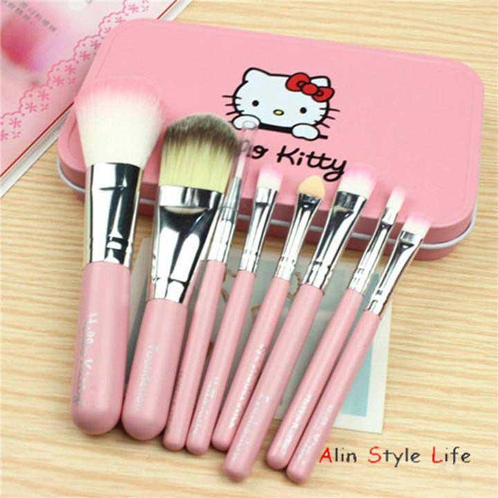 bộ trang điểm Hello Kitty
