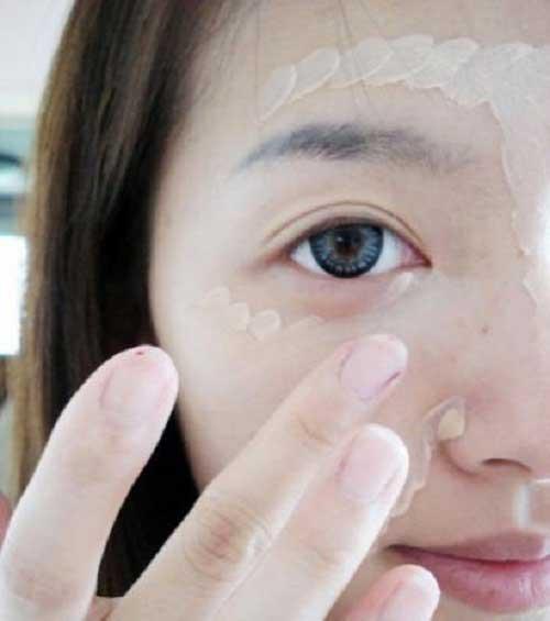 Cách trang điểm che sẹo rỗ