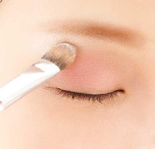 Cách trang điểm mắt cơ bản