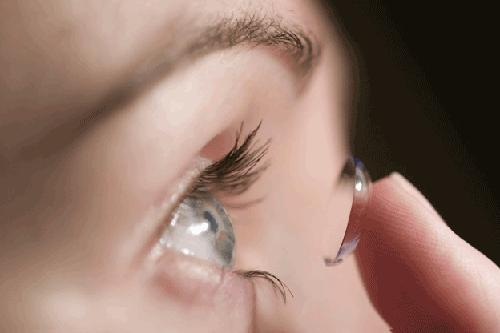 Hướng dẫn trang điểm mắt tự nhiên