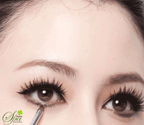 Các bước trang điểm mắt cô dâu
