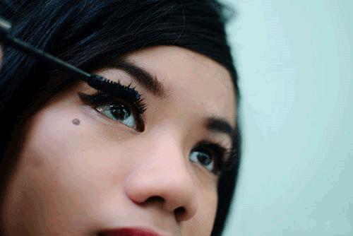 Các bước trang điểm mắt mèo