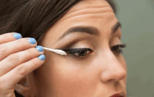 Cách trang điểm mắt khói Hàn Quốc