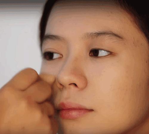 Cách trang điểm mặt rỗ