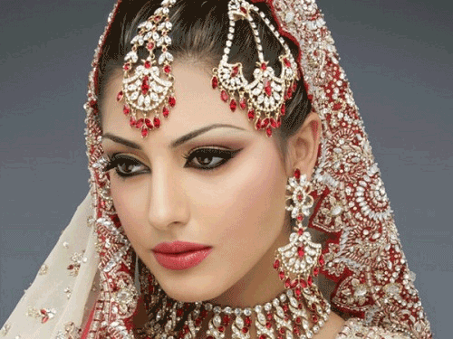 Trang điểm mắt Ấn Độ