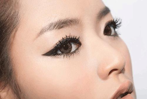 Trang điểm mắt cá tính