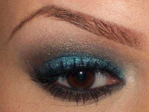 Cách trang điểm mắt bằng phấn nhũ