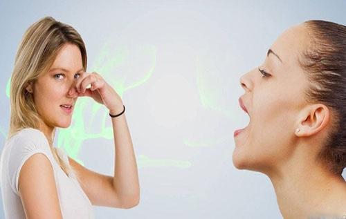 cách giải quyết tình trạng bọc răng sứ bị hôi miệng
